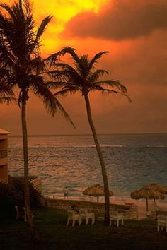 beautiful Bermuda hotel sunset