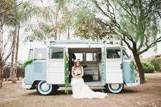 #kombi #KOMBI #bride #lapisdenoiva #casamento #wedding #miniwedding #vintage #details #decor #rustic #photo #session #yolancris