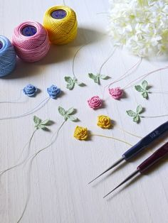 Pin on flower knitting accessories Pin on flower knitting accessories Diy Crochet Flowers, Crochet Flower Tutorial, Crochet Flower Patterns, Diy Crochet And Knitting, Wire Crochet, Crochet Hooks, Jewelry Store Design, Hand Embroidery Videos, Crochet Decoration