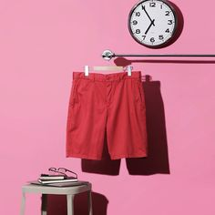 Chino shorts can easily be the most versatile piece in your summer wardrobe. Go for a casual look with flip-flops and a t-shirt, or look… Chino Shorts, Summer Wardrobe, Uniqlo, Summer 2016, Casual Looks, Flip Flops, Swimming, T Shirt, How To Wear