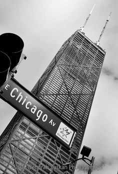 Chicago:  Chicago Ave - John Hancock building