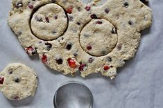 Cranberry whole-wheat buttermilk biscuits - not too sweet