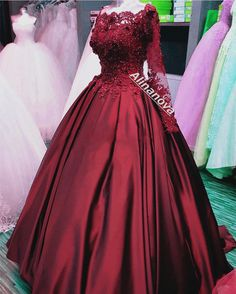 On Sale Cute Wedding Dress Lace Lace Flowers Beaded Long Sleeves Satin Wedding Dresses Ball Gowns 2019 Ball Gowns Prom, Ball Dresses, Prom Dresses, Hijab Style, Quince Dresses, Lace Dress Black, Dress Lace, Quinceanera Dresses, Pretty Dresses
