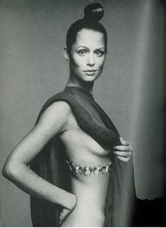 Lauren Hutton by Avedon, Vogue 1969