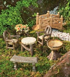 Fairy Garden Furniture Set - very cute.
