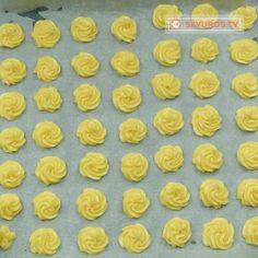 Tort Ecler- cel mai delicat și delicios tort cu eclere, merită neapărat să-l pui în topul dulciurilor preferate! - savuros.info Ice Tray, Mousse