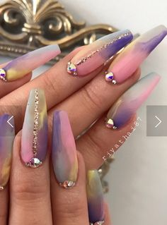 Try some of these designs and give your nails a quick makeover, gallery of unique nail art designs for any season. The best images and creative ideas for your nails. Glam Nails, Dope Nails, Bling Nails, Beauty Nails, Fun Nails, Rhinestone Nails, Bling Bling, Fabulous Nails, Gorgeous Nails