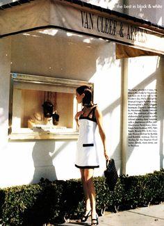 ☆ Carolyn Murphy   Photography by Pamela Hanson   For Vogue Magazine US   March 1995 ☆ #Carolyn_Murphy #Pamela_Hanson #Vogue #1995