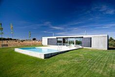 Projeto de Casa Minimalista em Zamora por Javier de Antón Freile