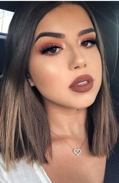 10 perfekte Make-up-Ideen zum Valentinstag für Brünette  # B