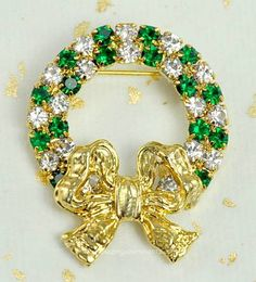 Exalted Signed EISENBERG ICE Emerald and Clear Rhinestone Christmas Wreath Pin