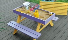 Build your kids a picnic table with sandbox! Build your kids a picnic table with sandbox! Kids Woodworking Projects, Diy Woodworking, Wood Projects, Popular Woodworking, Build A Picnic Table, Kids Picnic Table, Build A Sandbox, Pallet Sandbox, Sandbox Diy