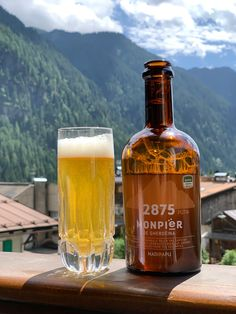 Pütia 2875 (MadIPApu) - Monpiër de Gherdëina, 2019.07.02 Beer Bottle, Whiskey Bottle, Beers Of The World, Lager Beer, Beer Brands, Cigars, Craft Beer, Liquor, Roman