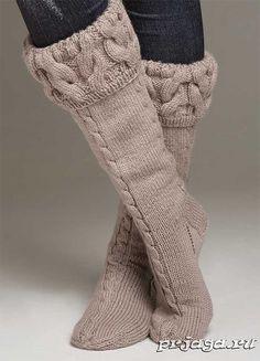Knestrømper - Viking of Norway Diy Crochet And Knitting, Crochet Boots, Knitting Socks, Slipper Socks, Slippers, Cosy Outfit, Cozy Socks, Winter Wear, Leg Warmers