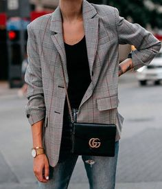 Clothing Are you feeling that chic street style vibe? Well, if you are, you can achive it with this beautiful oversized grey check blazer. Ideal for any outfit you choose to rock! This blazer Mode Outfits, Trendy Outfits, Trendy Fashion, Womens Fashion, Style Fashion, Fashion Fall, Blazer Outfits, Blazer Fashion, Fashion Outfits