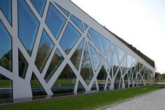 Continuous facade system Curtain Wall 50 by Reynaers Aluminium