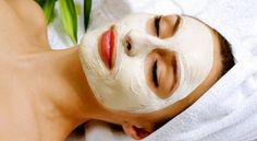 5 DIY Facial Masks From Ingredients Already in Your Pantry Your face is the first thing people notice about you. Your eyes, your lips, your smile, your skin. Admittedly, I am very bad at moisturizi. Homemade Face Pack, Homemade Facial Mask, Homemade Masks, Homemade Facials, Acne Face Mask, Best Face Mask, Aloe Vera Gel Gesicht, Aloe Vera Maske, Potato Face Mask
