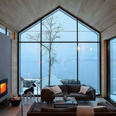 Reiseziele BALESTRAND cabin interior - living room - interior room V Small Living Room Layout, Small Living Rooms, Living Room Designs, Modern Living, Interior Architecture, Interior And Exterior, Interior Design, Modern Cabin Interior, Sustainable Architecture