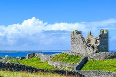 O'Brien's Castle Inisheer Island - Ireland by jjunoo