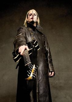 John 5...I have a signed copy of this photo by Larry Dimarzio (Joy McK)