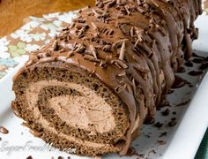 ou'd never know this Chocolate Tiramisu Cake Roll is actually low carb and sugar free and even nut free, just by looking at it or even tasting it! Most low carb desserts are made with almond flour, but not in this luscious dessert! Bolo Tiramisu, Chocolate Tiramisu, Low Carb Chocolate, Sugar Free Chocolate, Chocolate Chips, Mint Chocolate, Cooking Chocolate, Low Carb Sweets, Low Carb Desserts