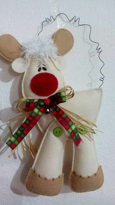 Sewing / Quilting / Applique / Stuffed Animals / Doll Patterns, Tips & How-tos Felt Christmas Ornaments, Christmas Art, Christmas Projects, Handmade Christmas, Christmas Holidays, Felt Decorations, Christmas Decorations, Felt Crafts, Holiday Crafts