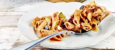 Kinkku-pennelaatikko My Cookbook, Penne, Pasta Dishes, Macaroni And Cheese, Healthy Recipes, Healthy Food, Ethnic Recipes, Desserts, Koti