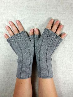Fingerless gloves with little owls - frost paws - arm warmers and knot pockets Fingerless gloves taupe with little owls, with pearls, pure organic wool merino, hand-knitted, arm Crochet Gloves Pattern, Lace Knitting Patterns, Sewing Patterns, Fingerless Gloves Knitted, Knit Mittens, Hand Crochet, Knit Crochet, Dou Dou, Knitting Accessories