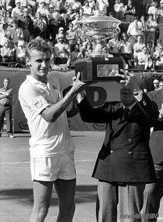 Mats Wilander ranks Andy Murray among the games greats