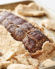 How To cook and easy oven Roast Beef Tenderloin in a Salt Crust. Looking for recipes and ideas for roasted beef? this fancy meal is perfect for dinner parties or holidays like Christmas roasts!