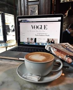 Coffee shops, good caffeine and independent cafe inspiration Cafe Rico, Think Food, Coffee Photography, Autumn Photography, Food Photography, Fashion Photography, Study Motivation, Coffee Break, Morning Coffee