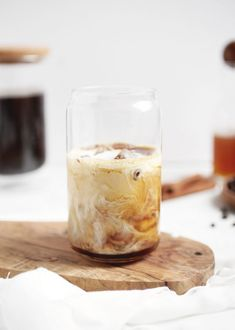 Iced Cinnamon Honey Latte @themerrythought #icedcoffee #icedlatte