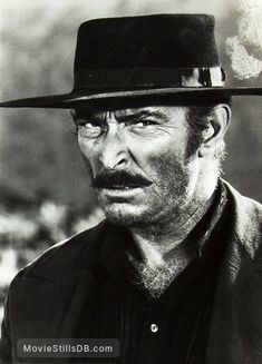 Il buono, il brutto, il cattivo - Publicity still of Lee Van Cleef Western Film, Western Movies, Hollywood Actor, Old Hollywood, Style Geek, Westerns, Lee Van Cleef, Old Movie Stars, Clint Eastwood