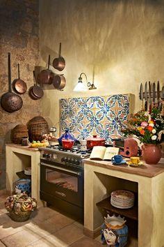 Shabby Chic Homes Mexican Kitchen Decor, Mexican Home Decor, Mexican Kitchens, Rustic Kitchen, Country Kitchen, Kitchen Ideas, Küchen Design, House Design, Shabby Chic Homes