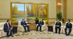 김영남위원장이 몰도바공화국 사회주의자당대표단을 만났다