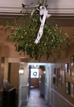mistletoe winter wedding flowers quince hotel du vin brighton