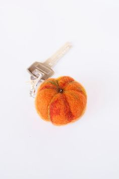 Wool Needle Felted Keychain Bag Charm with Orange Green Fall Halloween Pumpkin Key Ring Christmas Present Gift cover M47