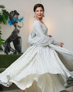 Simple Dresses, Casual Dresses, Maya Ali, Frock Fashion, Dress Suits, Girls Wear, Anarkali, Frocks, Pakistani