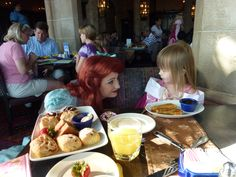 Tips for Character Dining @ Disney World