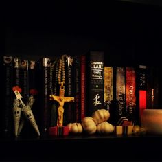 Scary books for Halloween. mine mainly relate to vampires. Heart And Mind, Book Reviews, Vampires, Bookends, Scary, Halloween, Decor, Decoration, Vampire Bat