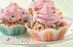 Cupcake Cereal Treat Recipe | Betty Crocker