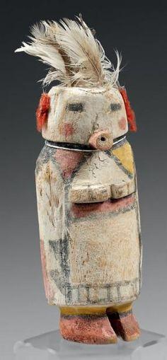 Kachina à la coiffe de plumes Hopi, Arizona, U.S.A. Bois, pigments, cordelette,