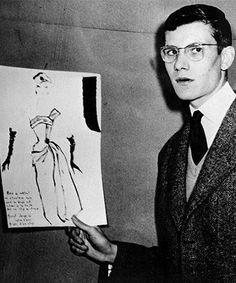 En 1954 fichó como ayudante a un joven Yves Saint Laurent que le cautivó con su exquisito gusto y sus innovadoras ideas. Tanto le gustó Sant Laurent que antes de morir en el 57 le pidió que fuese su sucesor al frente de la casa Dior.