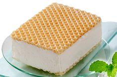 Jednoduchá a zároveň jedna z neoblíbenějších zmrzlin u nás. Ruská zmrzlina. Kdy jindy si udělat zmrzlinu než v létě. To nám začalo, tak si pojďte udělat pořádné zásoby do mrazáku.A jako vždy-rychle, levně a chutně :) Ingredience: 2 kelímky smetany ke šlehání (za 36 Kč) 3 vajíčka(za 9 Kč) 3 lžíce moučkového cukru (za 1… Sweet Recipes, Keto Recipes, Quick Meals, Vanilla Cake, Nutella, Cheesecake, Frozen, Food And Drink, Ice Cream