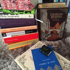 O @henriqj me marcou na tag #querolerTUDOdesseautor o que é uma sacanagem ter que escolher um só. Sou muito passional e quando amo um autor quero ler tudo dele (John Boyne, Jodi Picoult, Stephen King, Ian McEwan, Virginia Woolf, ops! Acho que burlei as regras rsrsrs). Resolvi escolher Dickens pq ele ganhou TODO o meu amor com apenas dois livros (Oliver Twist e David Copperfield). #books #livros #dickens