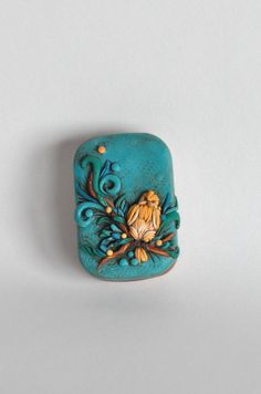 "Sweet little bird. Unique hand sculpted original polymer clay covered Altoid tin. Size 2 3/8""x1 3/4"" on Etsy, $35.00"