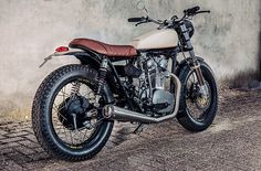 From Amsterdam: Yamaha XS650 Street Tracker by Motogadgets #motorcycles #streettracker #motos | caferacerpasion.com                                                                                                                                                                                 Más