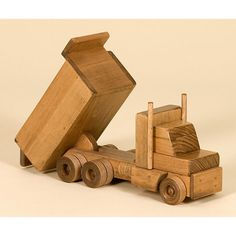 Amish Made Wooden Toy Dump Truck                                                                                                                                                     Más