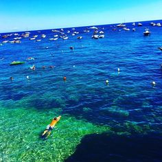 Feel like I'm living in a painting  #italy #adventure #capri #slimaarons…