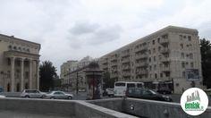 Satılır 3 otaqlı 80 m2 köhnə tikili Dövlət Statistika Komitəsi, проспект Строителей 28а ünvanında